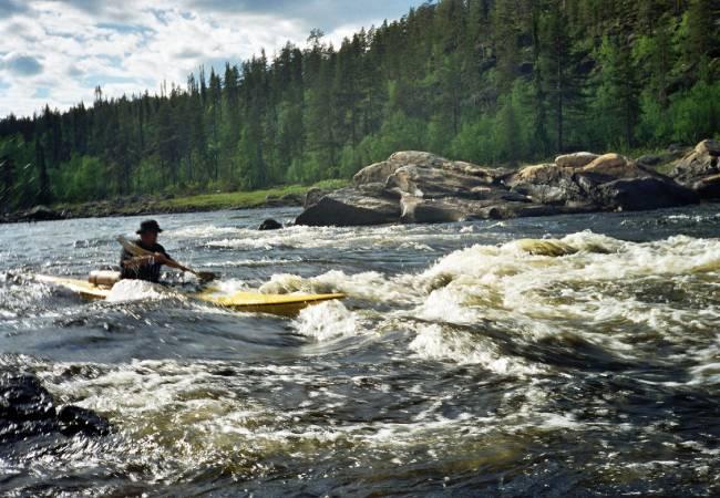 Read more about the article Laponia – kajakiem przez bezludne krainy