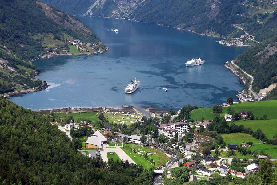 Ostoja szamana-Fiordy Norwegia (1)