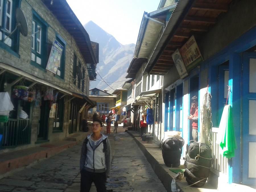 Ostoja szamnana-Himalaje Mont Everest (10)