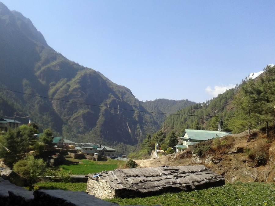 Ostoja szamnana-Himalaje Mont Everest (2)